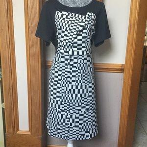 Short sleeve checkered dress with offset neckline